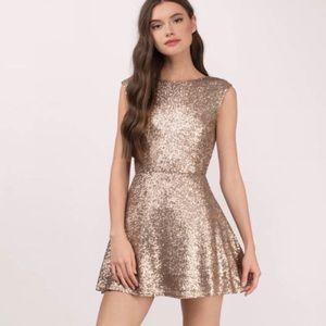 NWOT TOBI Vina Matte Gold Sequin Low back Dress
